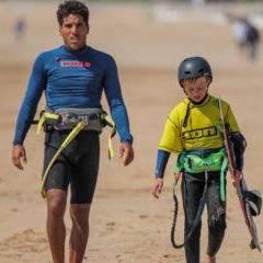 Cours de kitesurf enfant